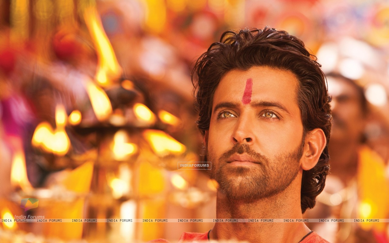 Hrithik Roshan in the movie Agneepath(2012) (156713) size:1280x800