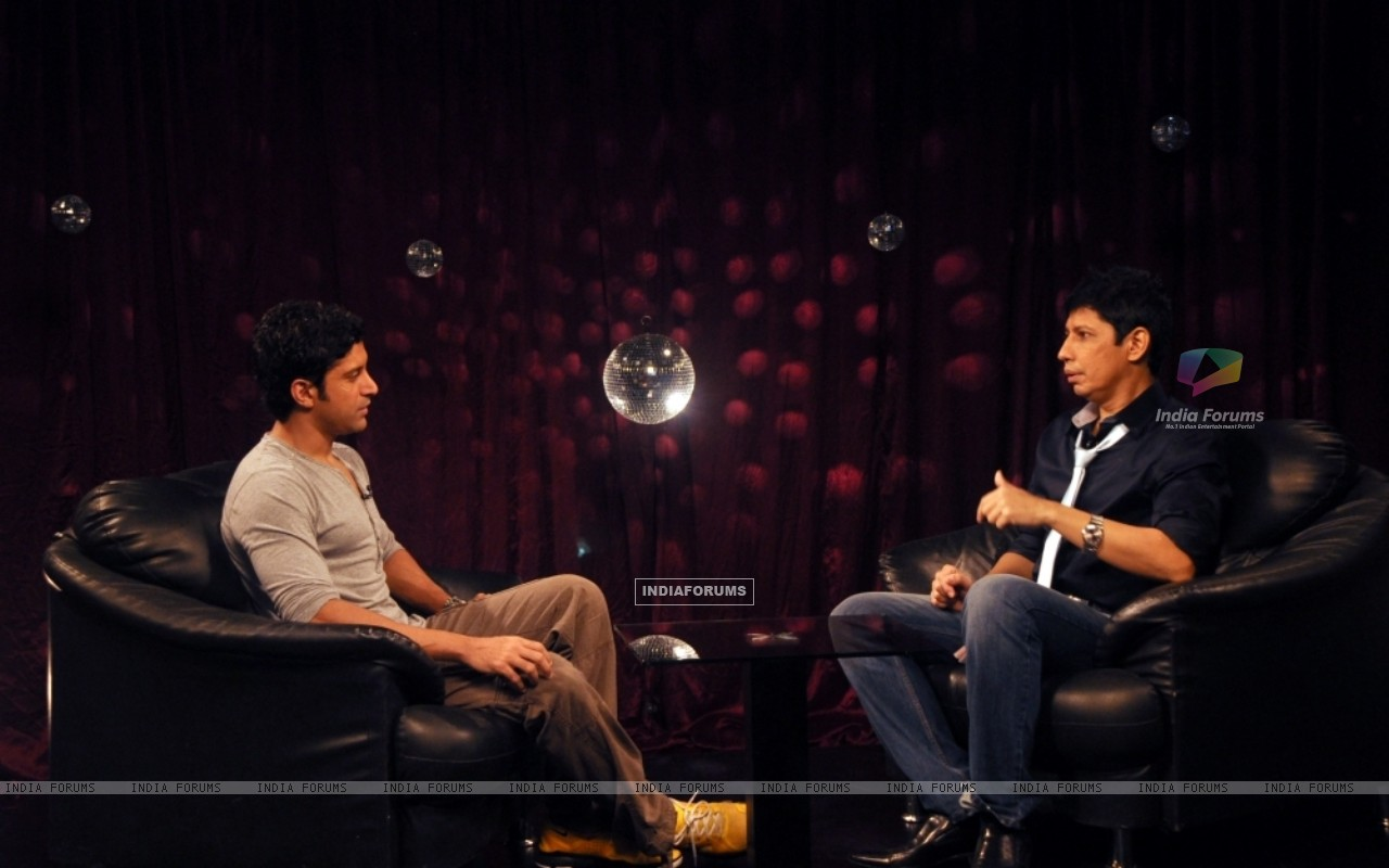 Farhan Akhtar with Omar Qureshi on Zoom (163437) size:1280x800