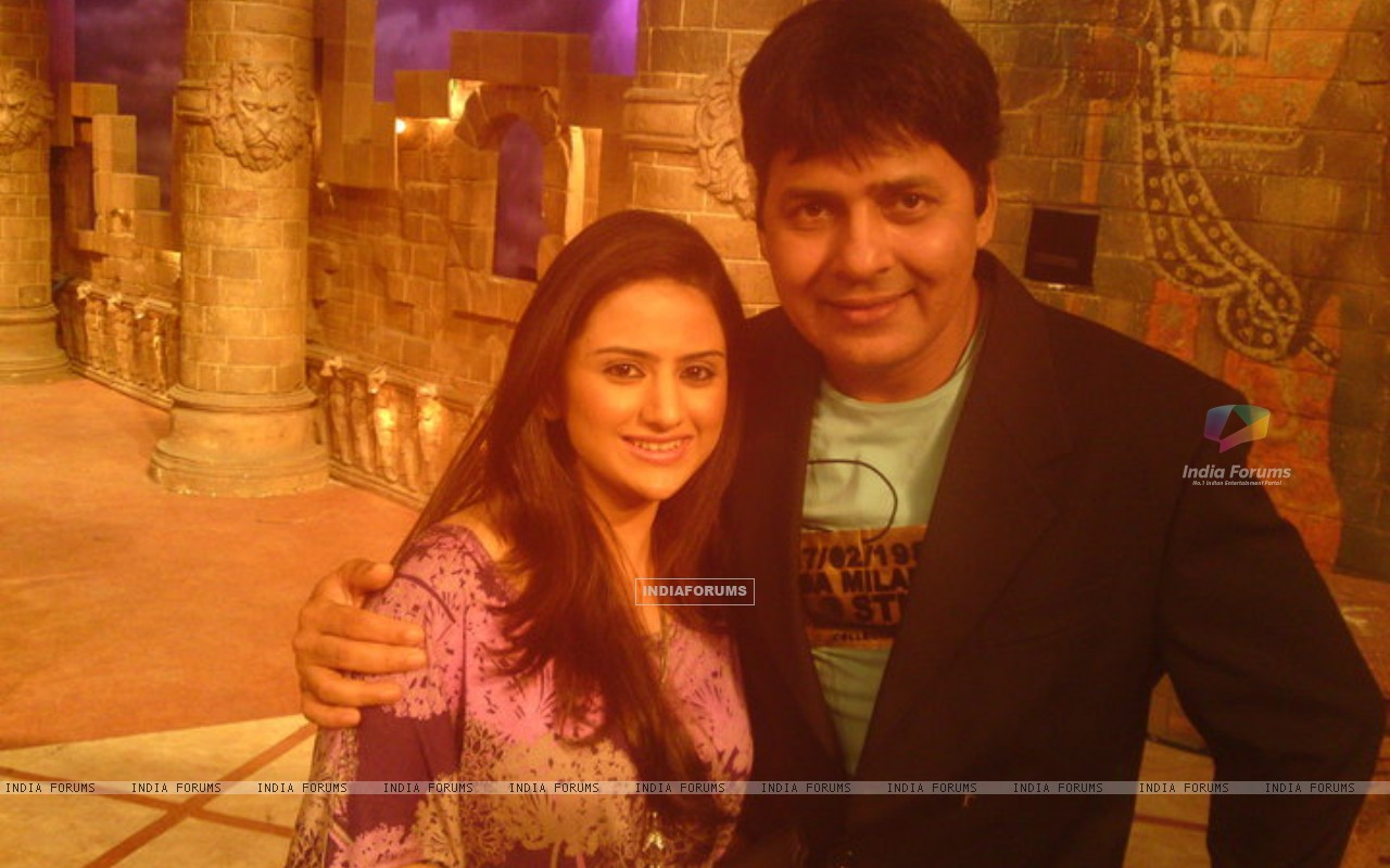 Parvati Sehgal with Sudesh on Comedy Circus (165215) size:1280x800