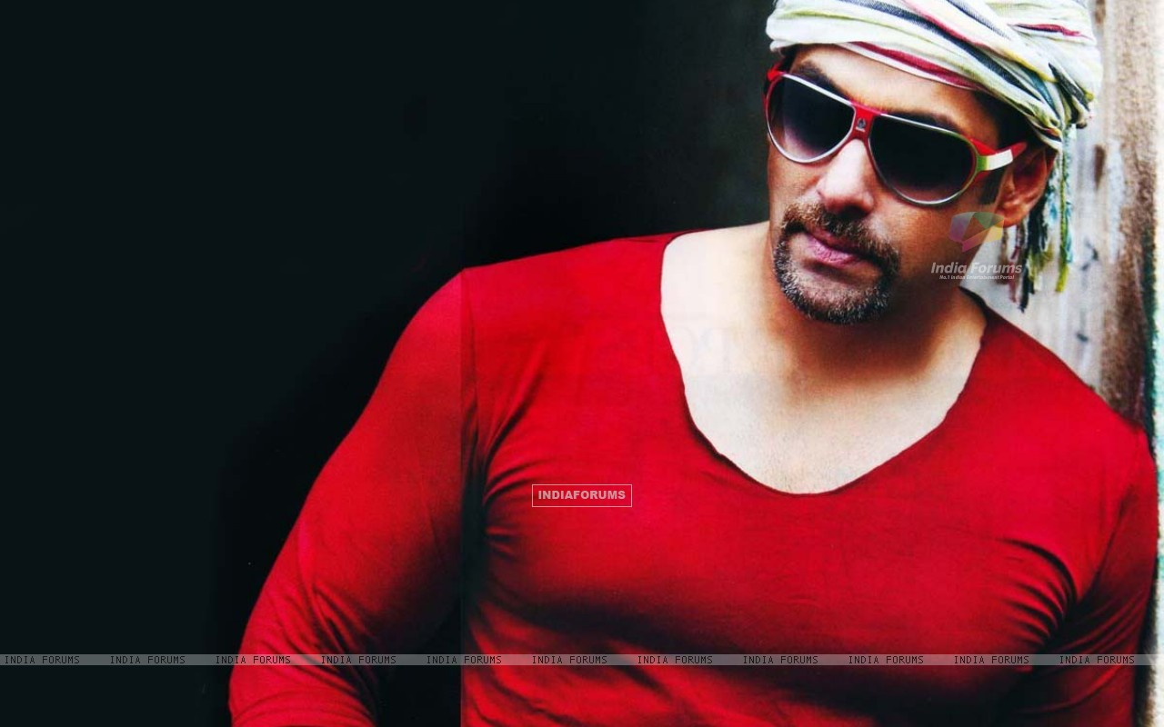 Salman Khan New Wallpaper