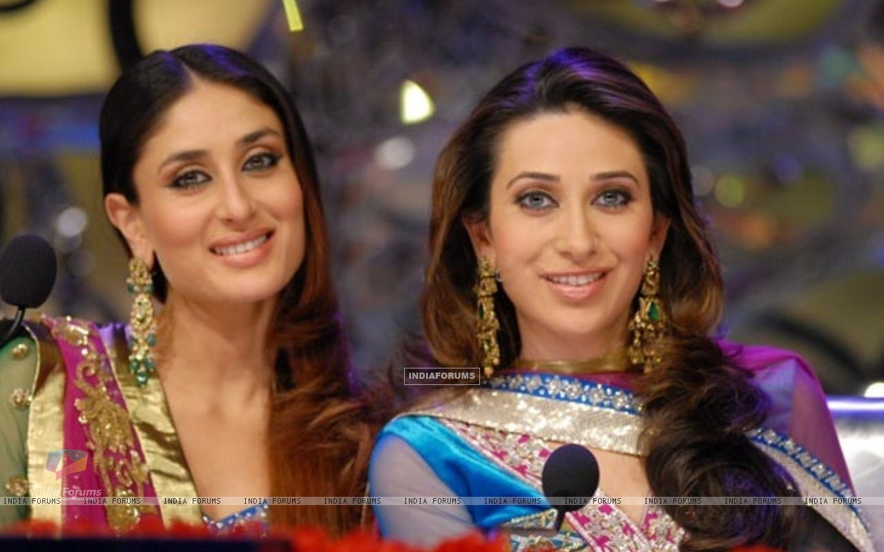 Kareena Kapoor and Karisma Kapur (176869) size:1280x800