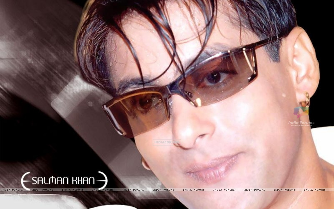 http://img.india-forums.com/wallpapers/1280x800/18276-salman-khan.jpg
