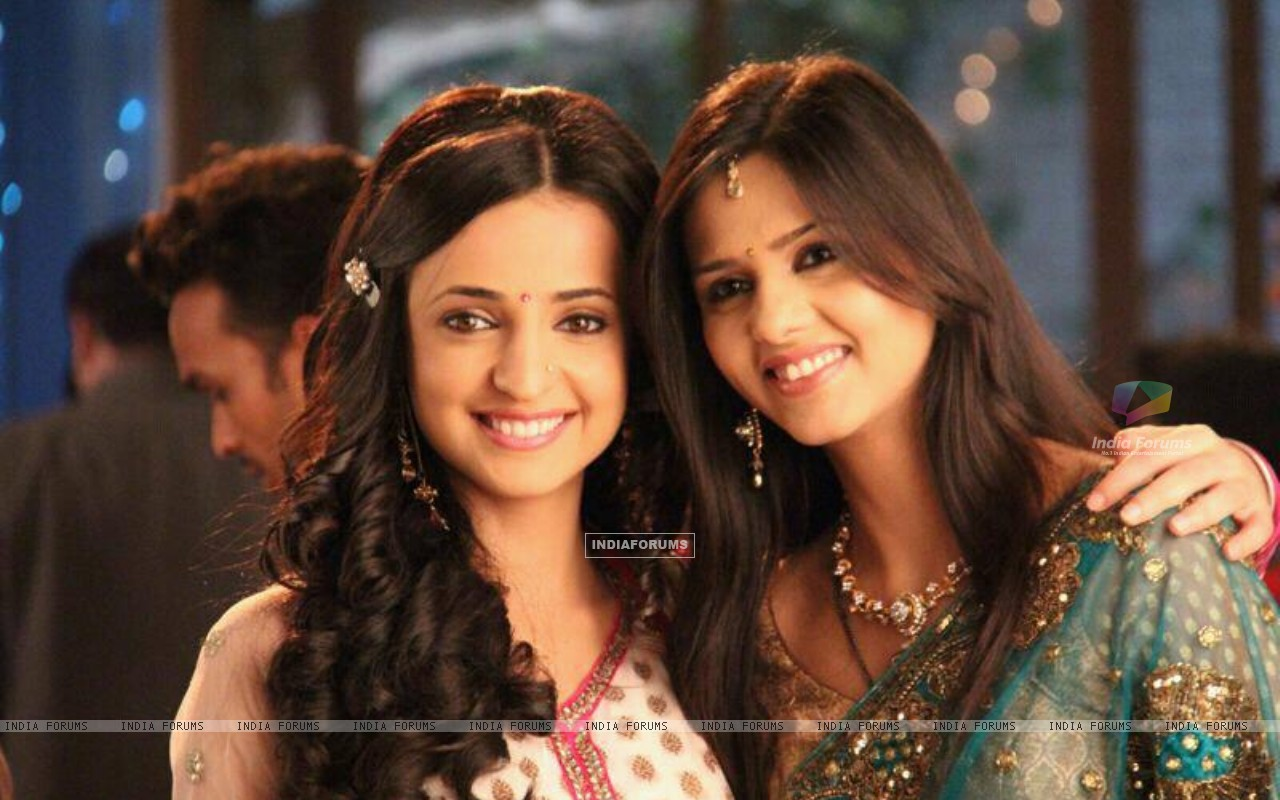 Daljeet with Sanaya on set (183549) size:1280x800