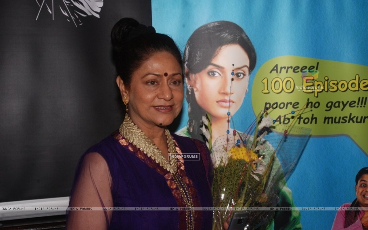 Aroona Irani at celebration party of 100 episodes of Hitler Didi (191546) size:1280x800