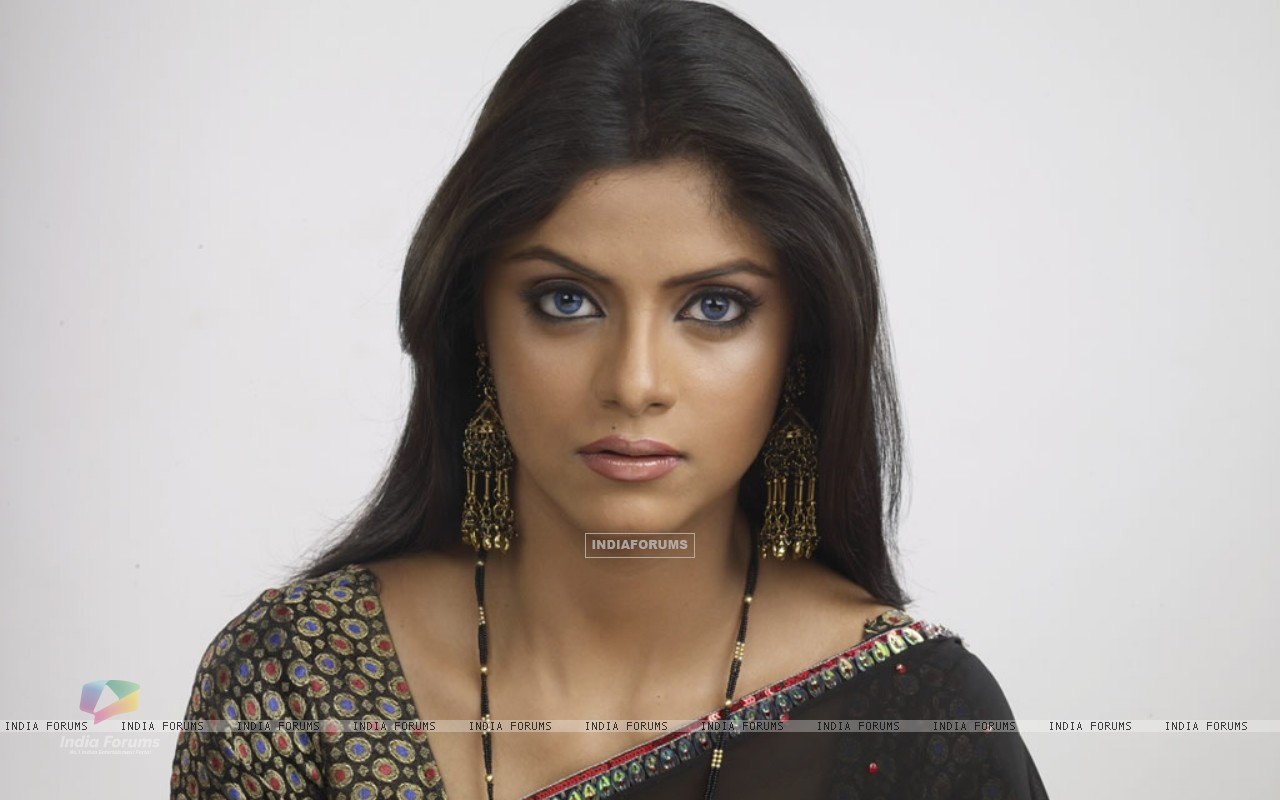 Sayantani Ghosh image from Naagin (194954) size:1280x800