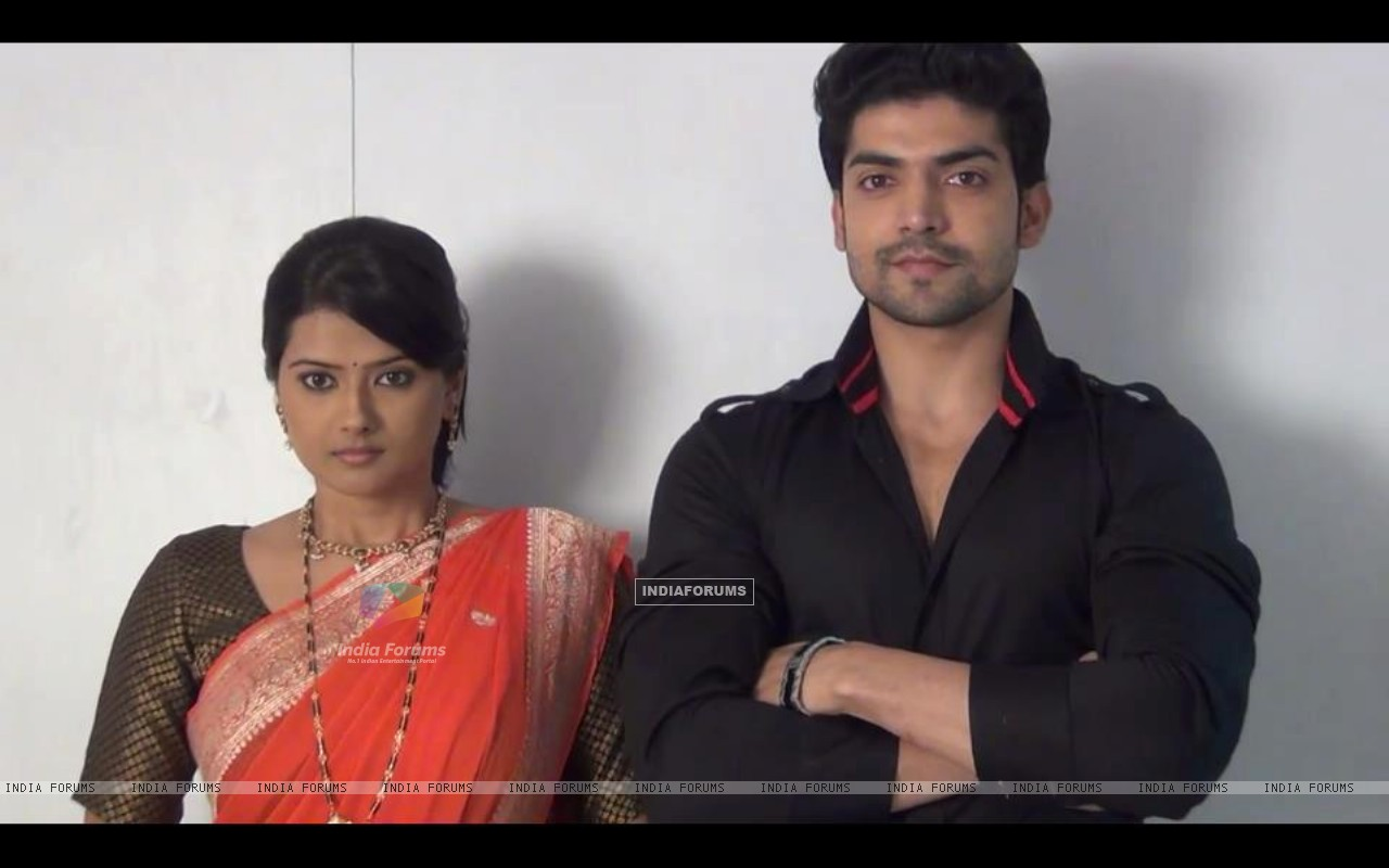 Gurmeet and Kratika at look test for Punar Vivaah (194955) size:1280x800