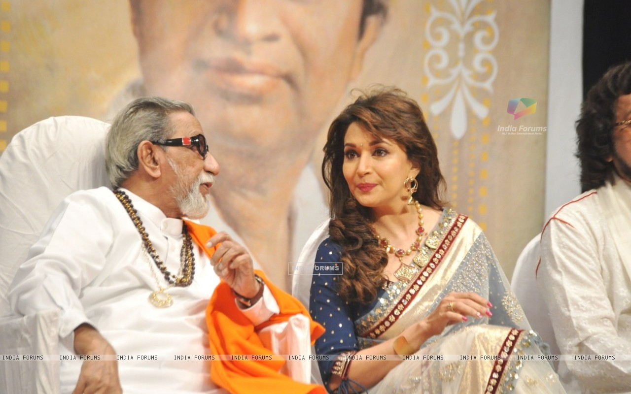 Wallpaper Madhuri Dixit Nene And Balasaheb Thackeray Master