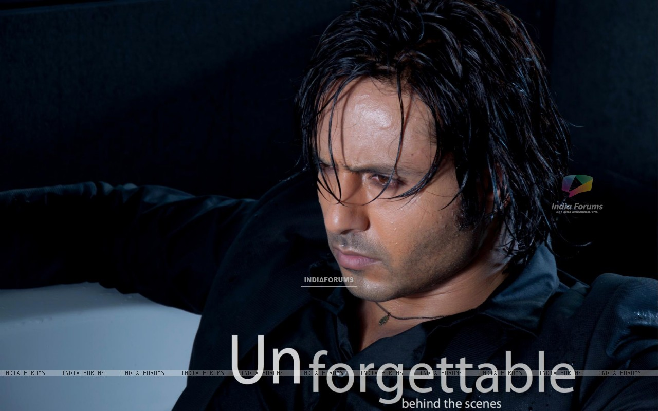 Iqbal Khan still from movie Unforgettable (196321) size:1280x800