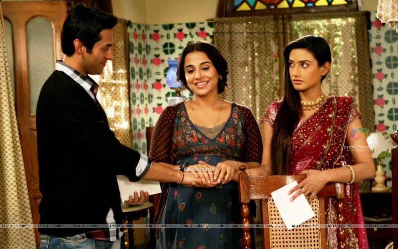Rati Pandey & Sumit Vats in Hitler Didi with Vidya Balan promoting Kahaani (196378) size:1280x800
