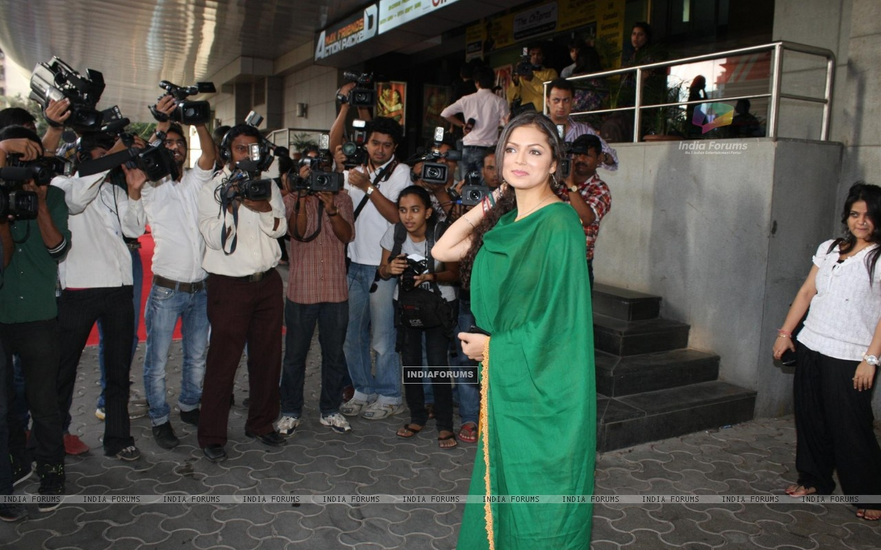 Drashti Dhami at COLORS Channel new show Madhubala...Ek Ishq, Ek Junoon premiere (199435) size:1280x800