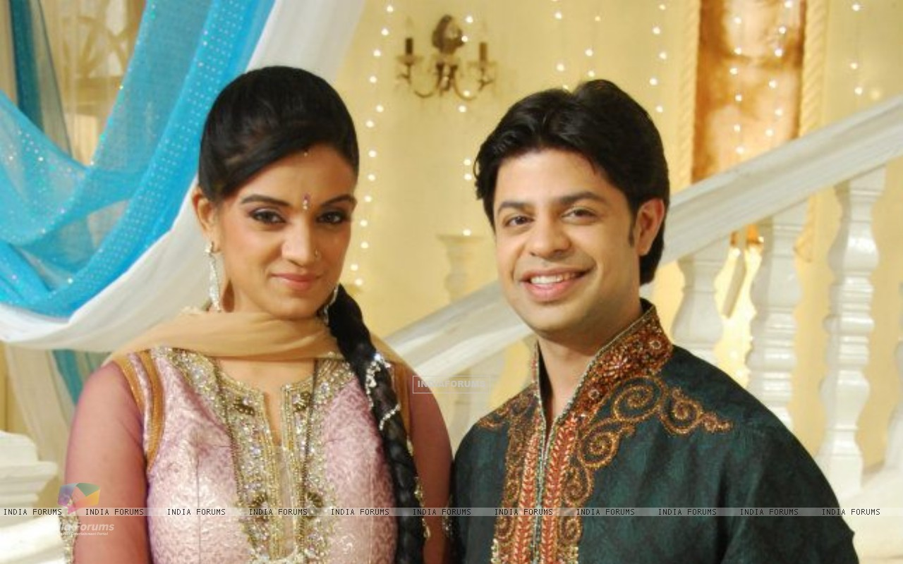 Ssumier and Shweta on Sasural Simar Ka set (202996) size:1280x800
