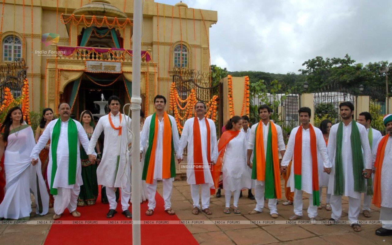 Zee Tv Stars Celebrating Republic Day (209009) size:1280x800
