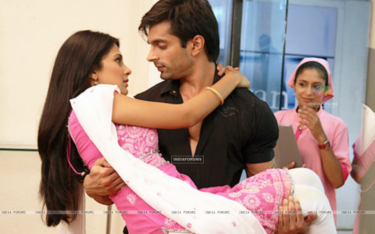 Jennifer Winget and Karan Singh Grover (212151) size:1280x800