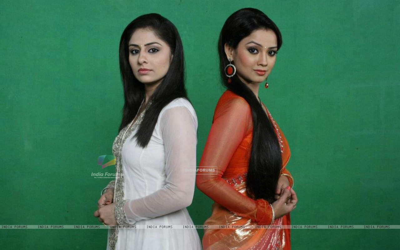 Ankita Sharma and Adaaa Khan in Amrit Manthan (218481) size:1280x800