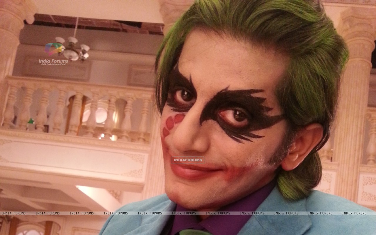 Karanvir Bohra as Joker (219669) size:1280x800