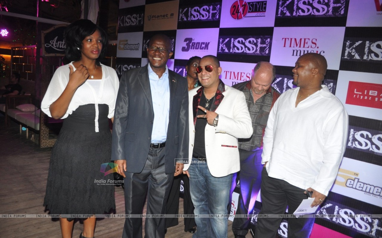 International music composed and singer Kissh and Pule Isaac Malefane with celebs during the launch of his debate music album LADY at ky Lounge in Juhu in Mumbai. (229792) size:1280x800
