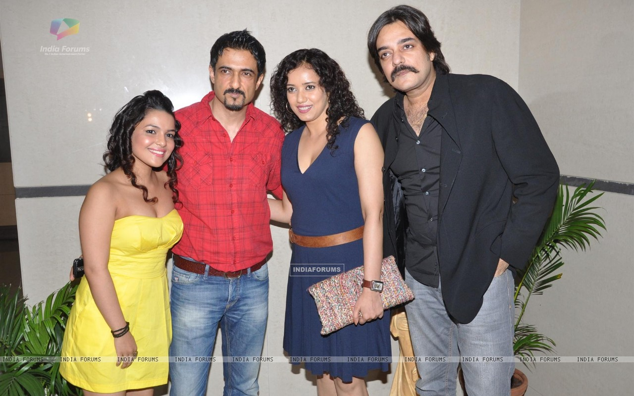 Bollywood actors Sanjay Suri, Chandrachur Singh, Chitrashi Rawat, Shreya Narayan at film Prem Mayee press meet at Hotel Four Seasons in Juhu, Mumbai. (229816) size:1280x800