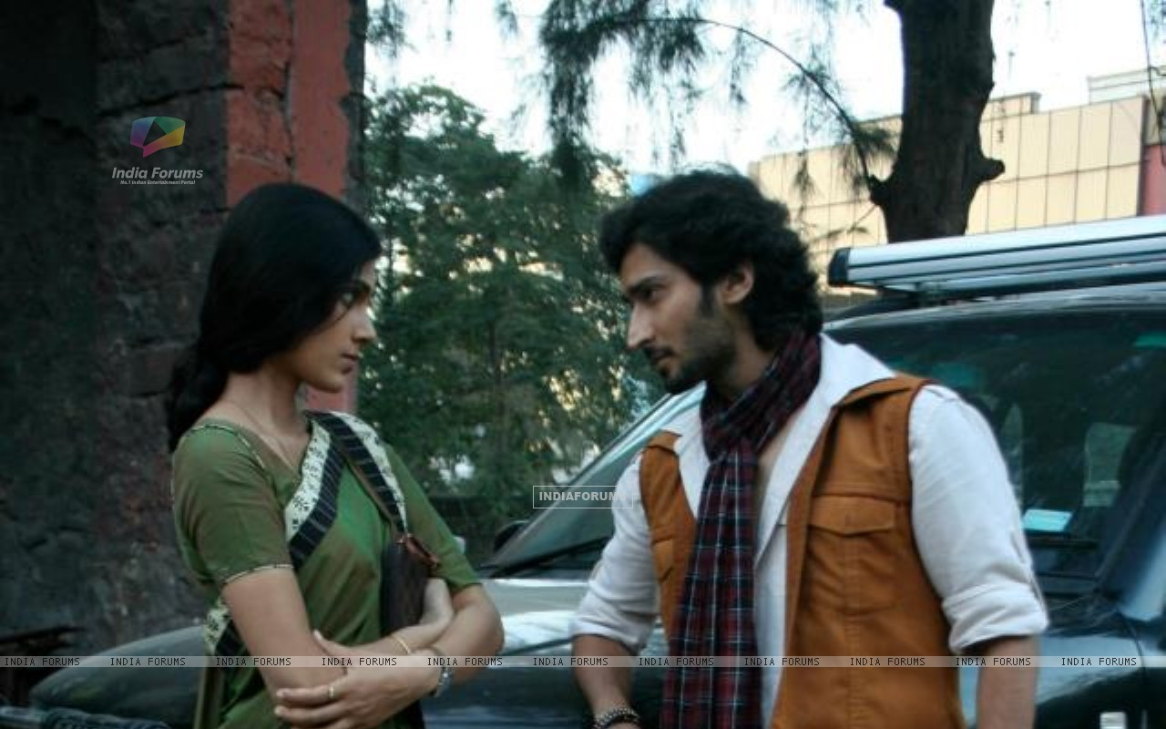 Mohan and Megha (233006) size:1280x800