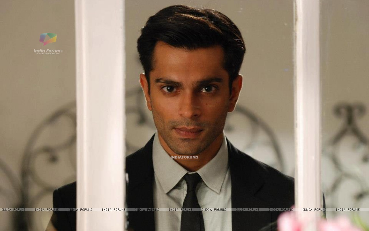 Asad Ahmed Khan (251133) size:1280x800