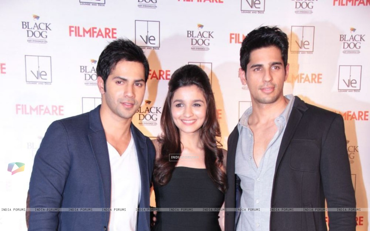 Alia, Varun and Siddharth (251148) size:1280x800
