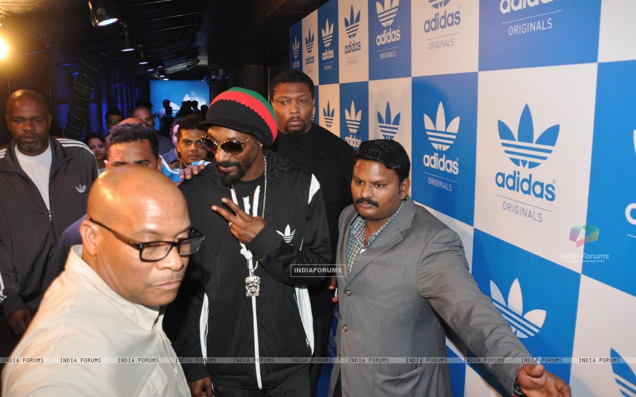 Rap Singer Snoop Dogg Party (252349) size:1280x800