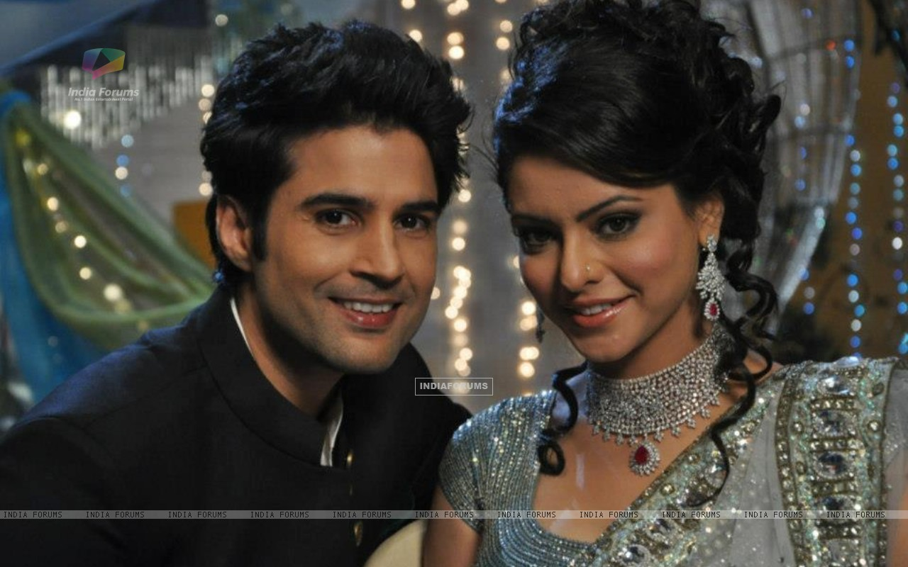 Aamna Shariff and Rajeev khandelwal (255301) size:1280x800