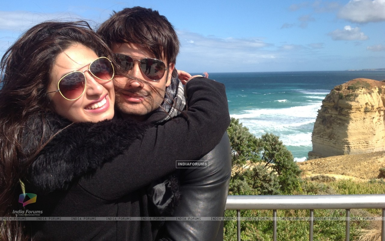 Vivian Dsena and Vahbbiz�s rocking honeymoon in Australia (274864) size:1280x800