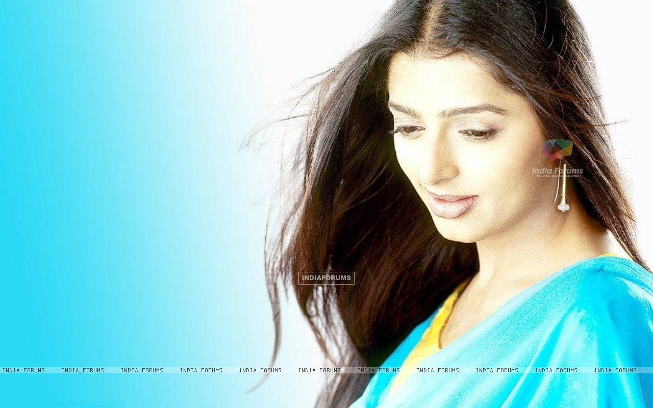 Bhumika Chawla - Wallpapers