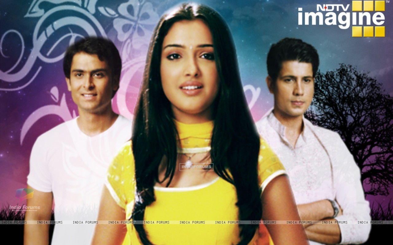 Amrapali, Shoaib and Sumit as Suman, Karan and Kartik in Rehna Hai Teri Palkon ki Chaaon Mein (32262) size:1280x800