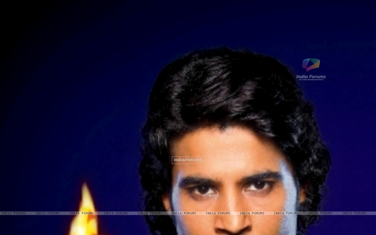 Rajeev with fire in hand promoting Sach Ka Saamna (36912) size:1280x800
