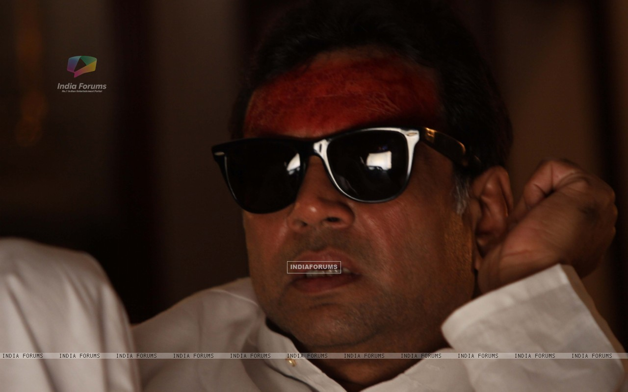 Still image of Paresh Rawal (41341) size:1280x800