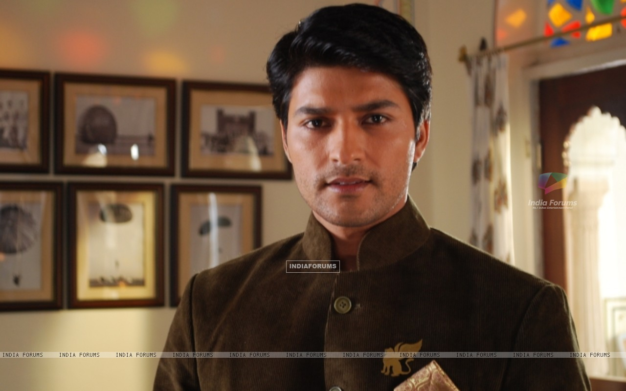 Anas Rashid as Yashwardhan (59662) size:1280x800