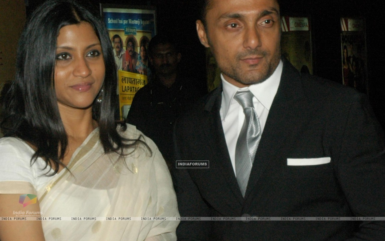 Rahul Bose and Konkona in the gala premeire of the movie The Japanese Wife (60023) size:1280x800