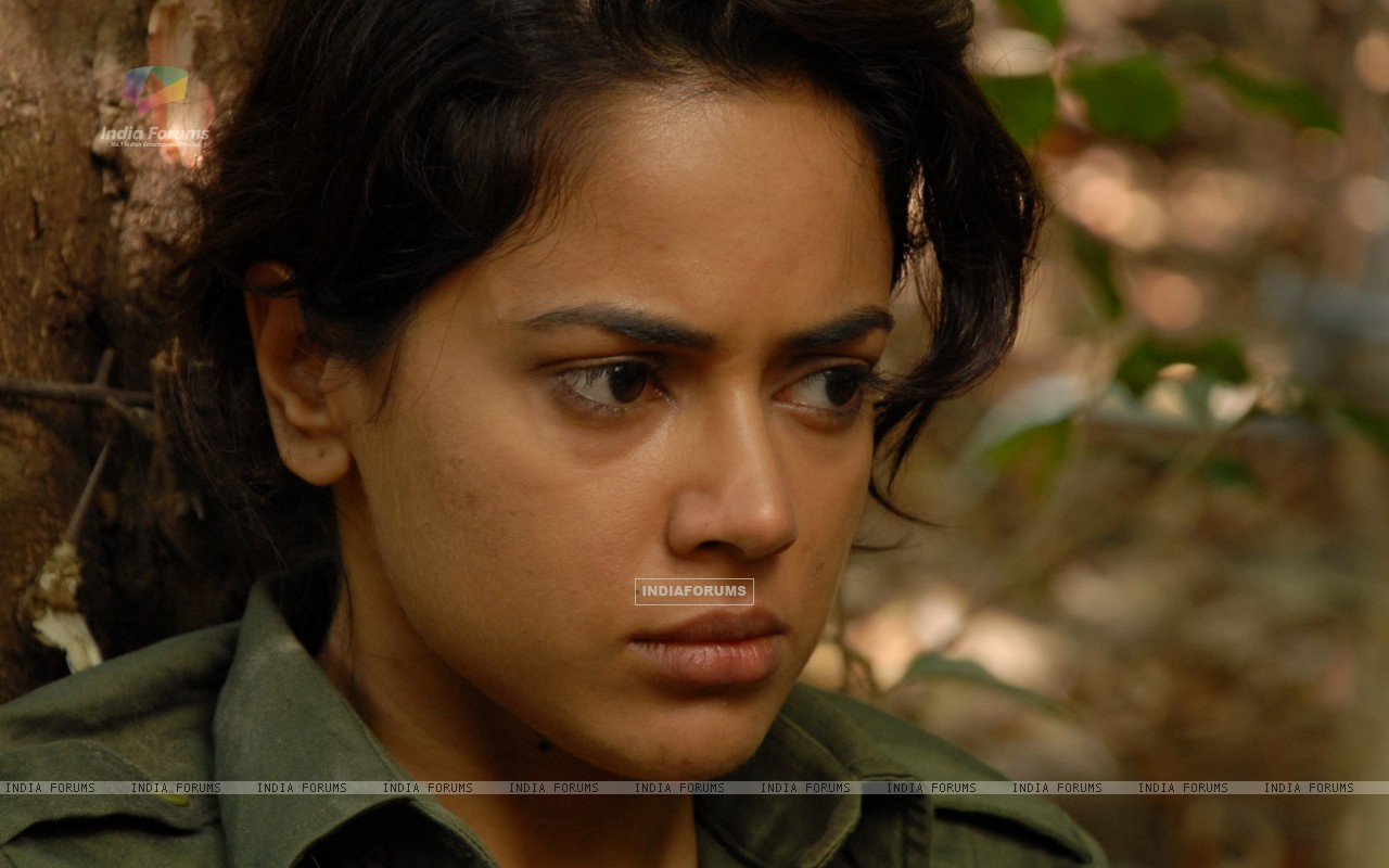 Still image of Sameera Reddy (68820) size:1280x800
