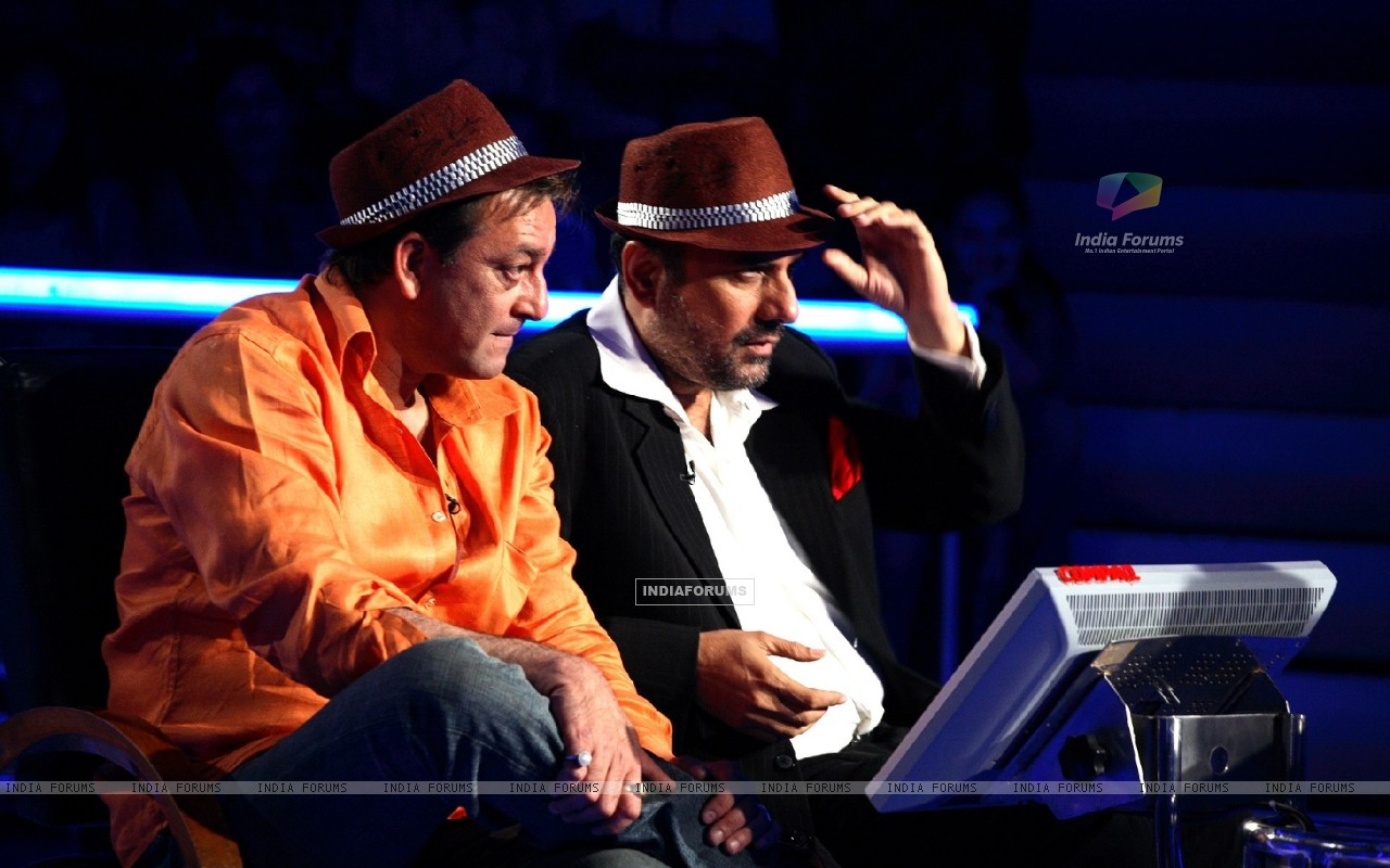 Sanjay Dutt and Boman Irani on KAUN BANEGA CROREPATI (78075) size:1280x800