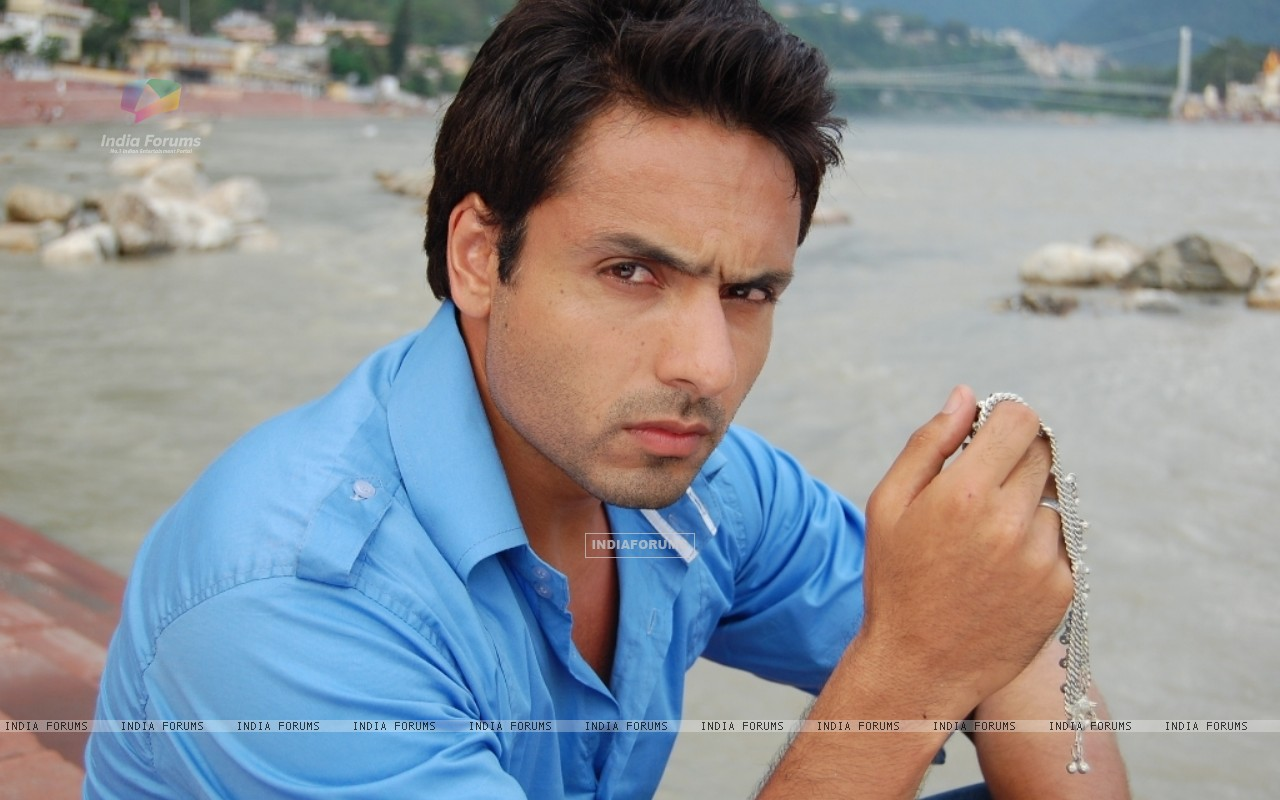 Iqbal Khan in tv show Sanjog Se Bani Sangini (94131) size:1280x800