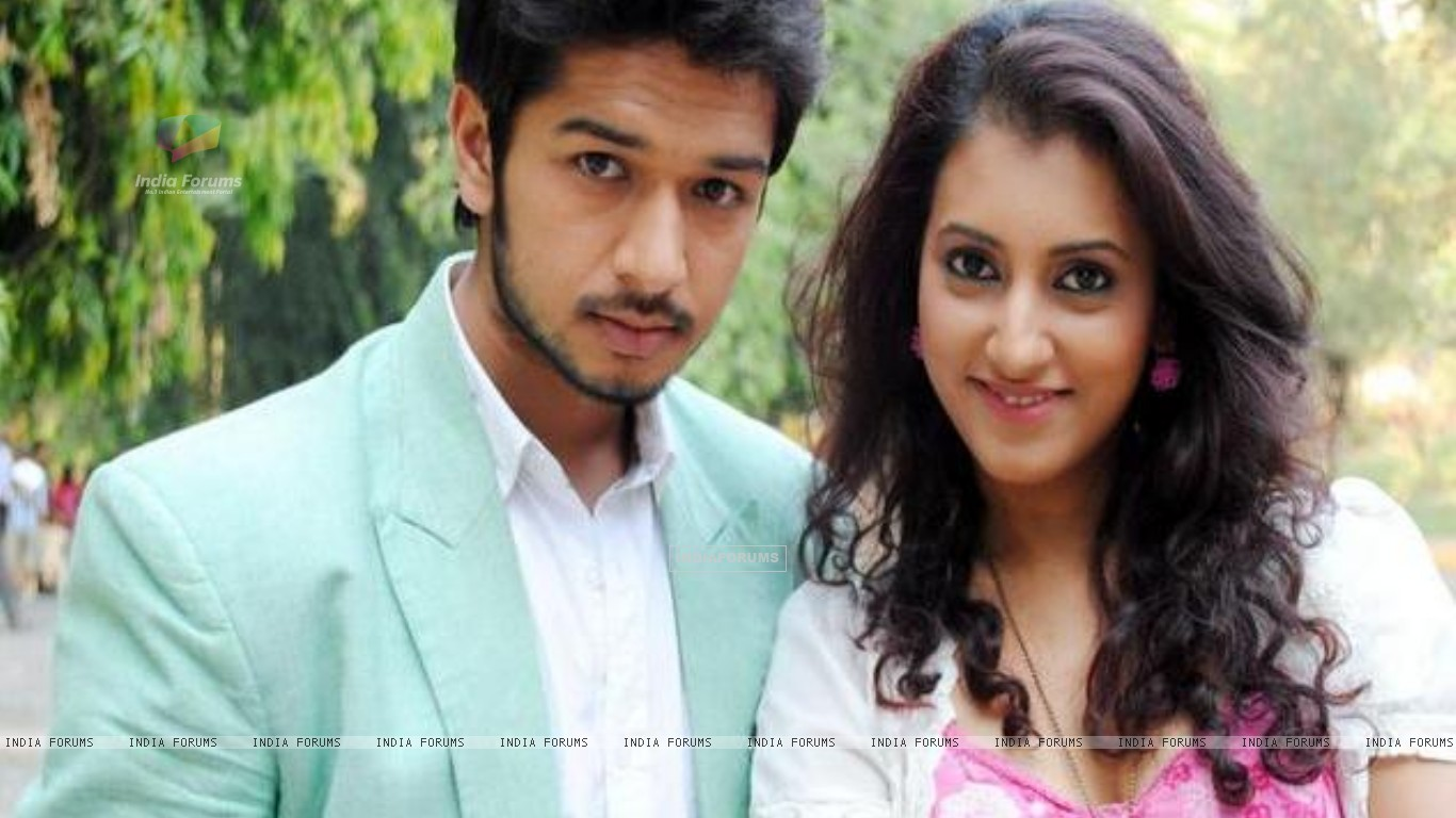 Additi Gupta and Fahad Ali still image from Zindagi Kahe - Smile Please (186828) size:1366x768