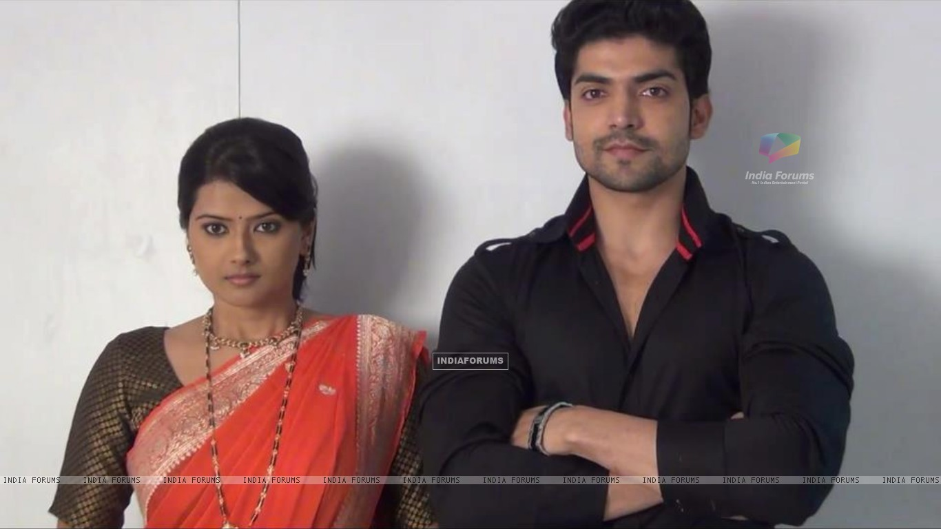 Gurmeet and Kratika at look test for Punar Vivaah (194955) size:1366x768