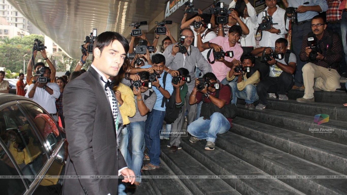 Vivian Dsena at COLORS Channel new show Madhubala...Ek Ishq, Ek Junoon premiere (199430) size:1366x768