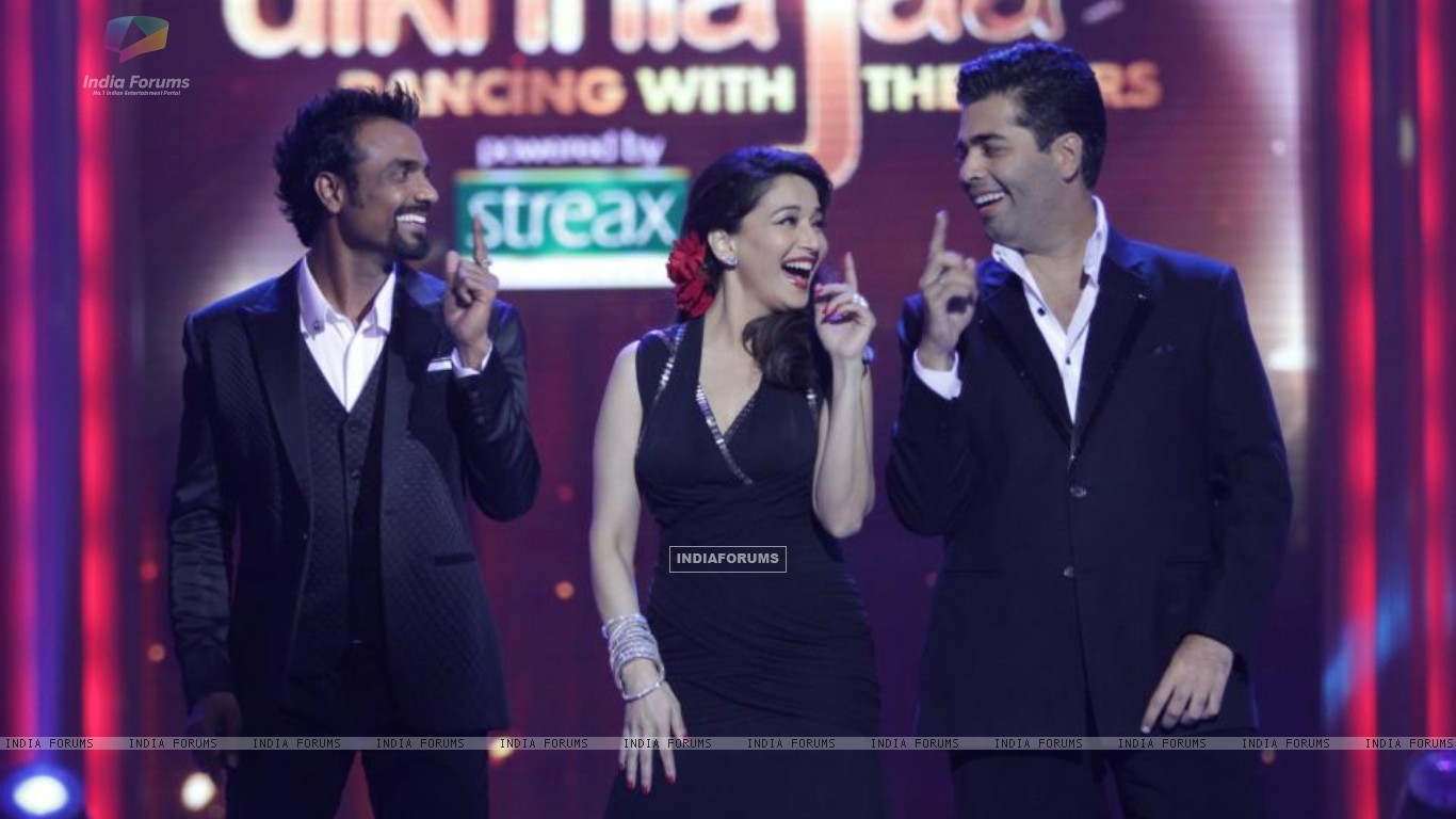 Madhuri, Karan and Remo on Jhalak (204623) size:1366x768