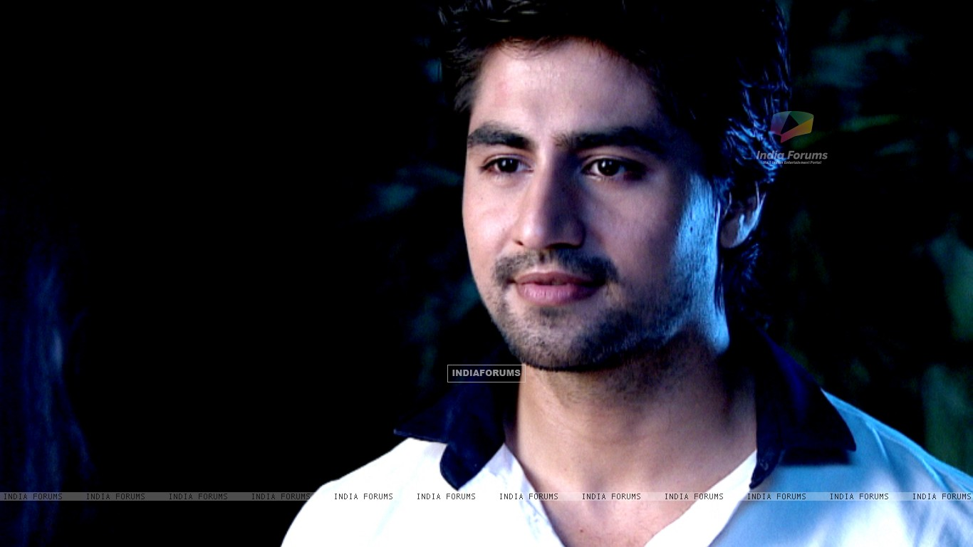 Harshad Chopda : Harshad Chopra (285666) (Page: 10)