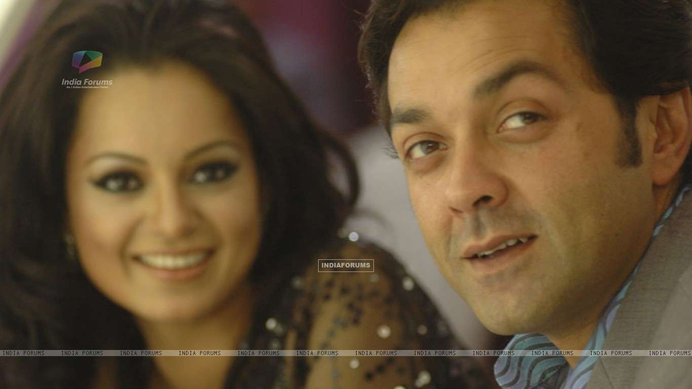 A still image of Bobby Deol and Kangna Ranaut (31472) size:1366x768