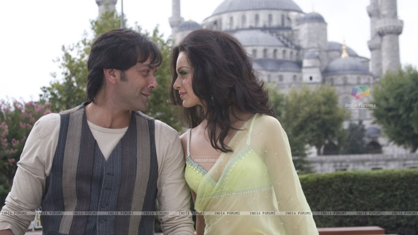 A still image of Bobby Deol and Kangna Ranaut (31476) size:1366x768
