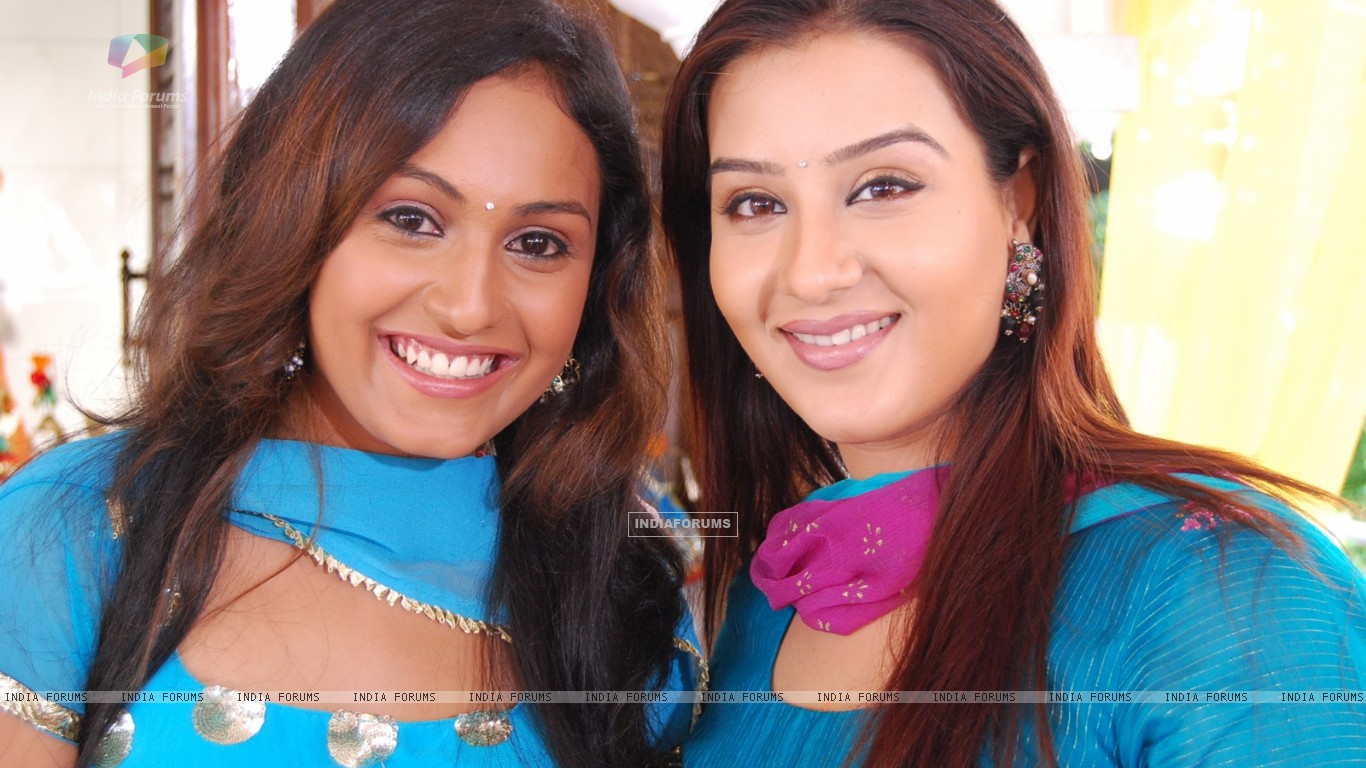 Shilpa Shinde and Archana Taide in Swarg (37081) size:1366x768