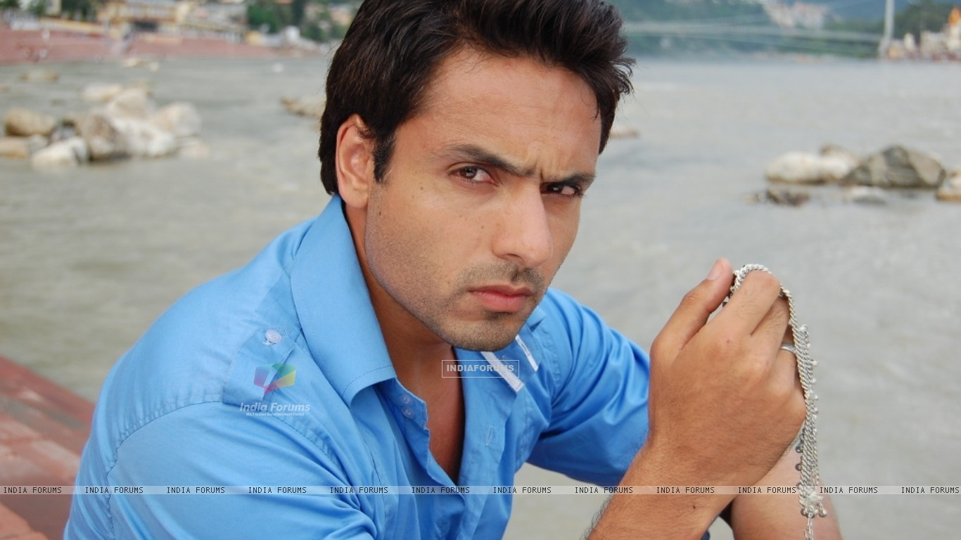 Iqbal Khan in tv show Sanjog Se Bani Sangini (94131) size:1366x768