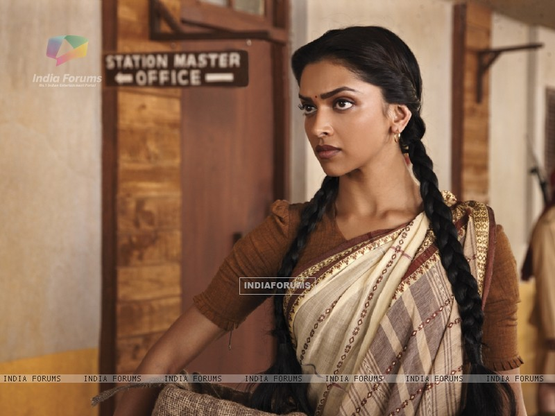 Deepika Padukone in the movie Khelein Hum Jee Jaan Sey (105910) size:800x600