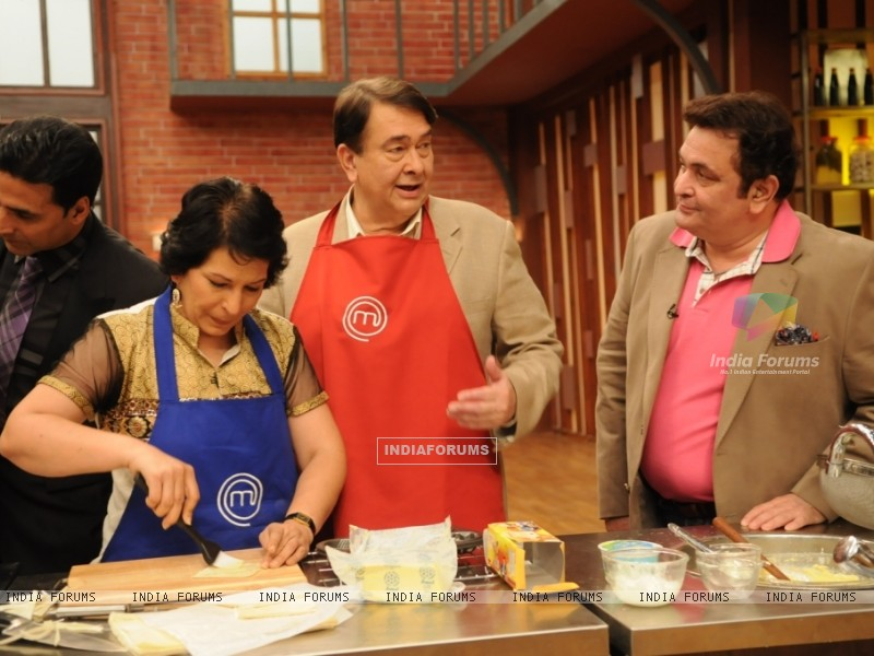 Rishi and Randhir Kapoor on tv show Master Chef India (108111) size:800x600