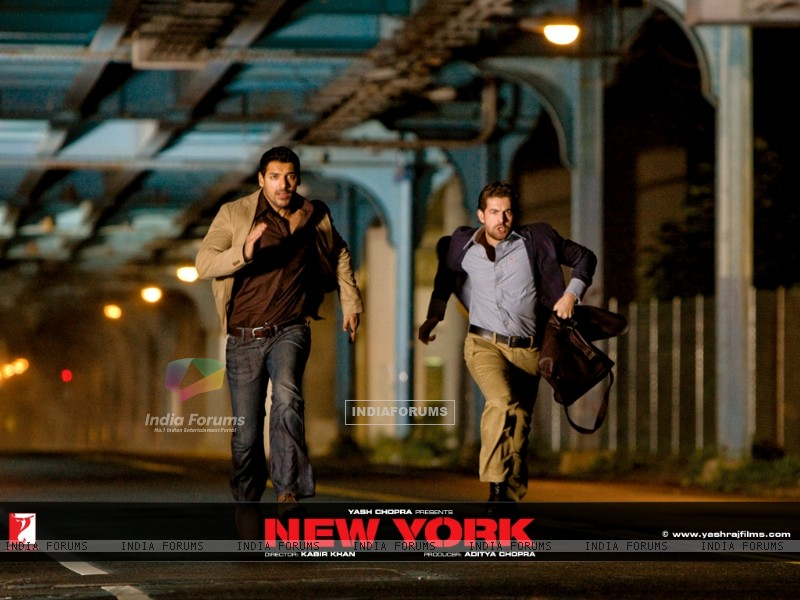 John Abraham and Neil Nitin are running (12379) size:800x600