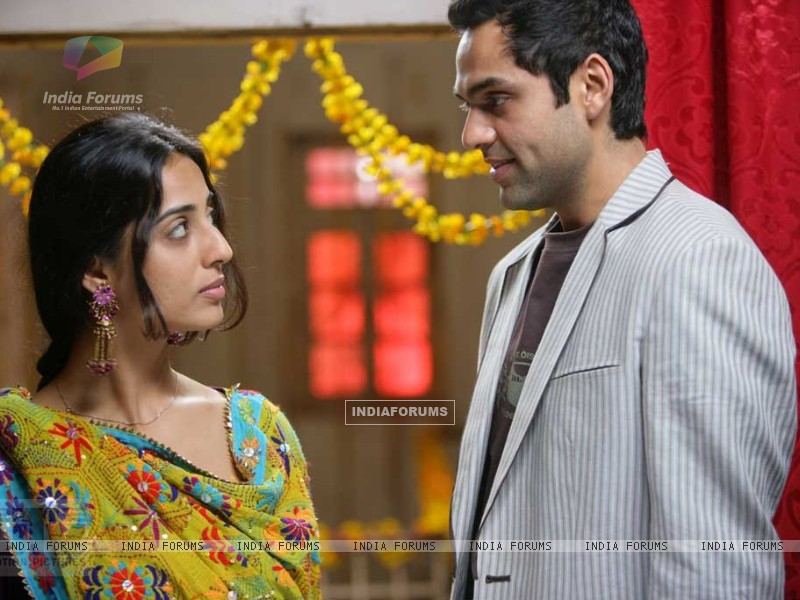 Mahie Gill and Abhay Deol in Dev D (12469) size:800x600