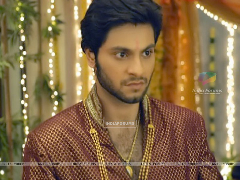 Mishal Raheja as Dutta Patil (133046) size:800x600